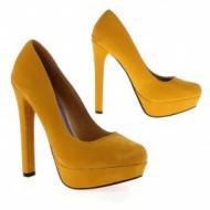 keltaiset kengät